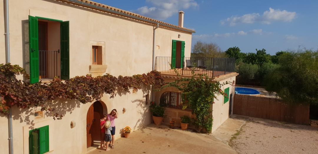 Mallorca Mit Kindern Die Perfekte Finca Im Sudosten Der Insel