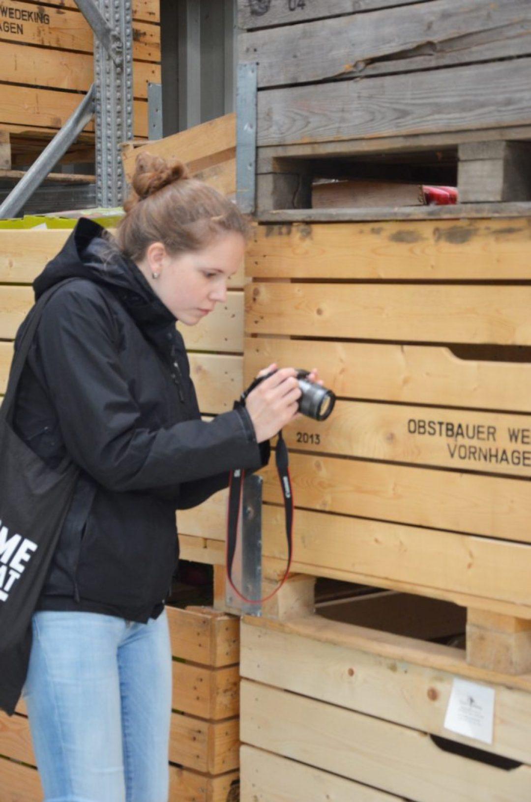 Luisa vom Blog Sunnyside2go bei der Arbeit auf dem #hajmeetup17