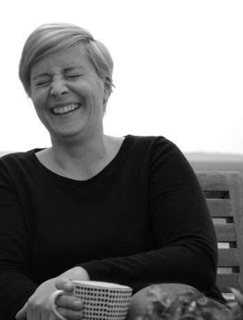 Frau Piepenkötter I Akne Therapie schadstoffarme Kosmetik