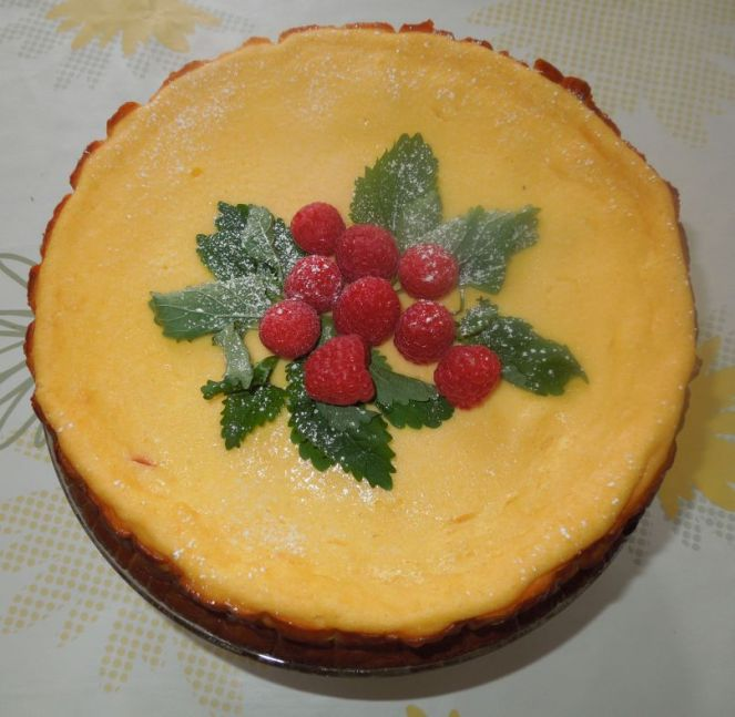 Himbeer-Topfen-Torte