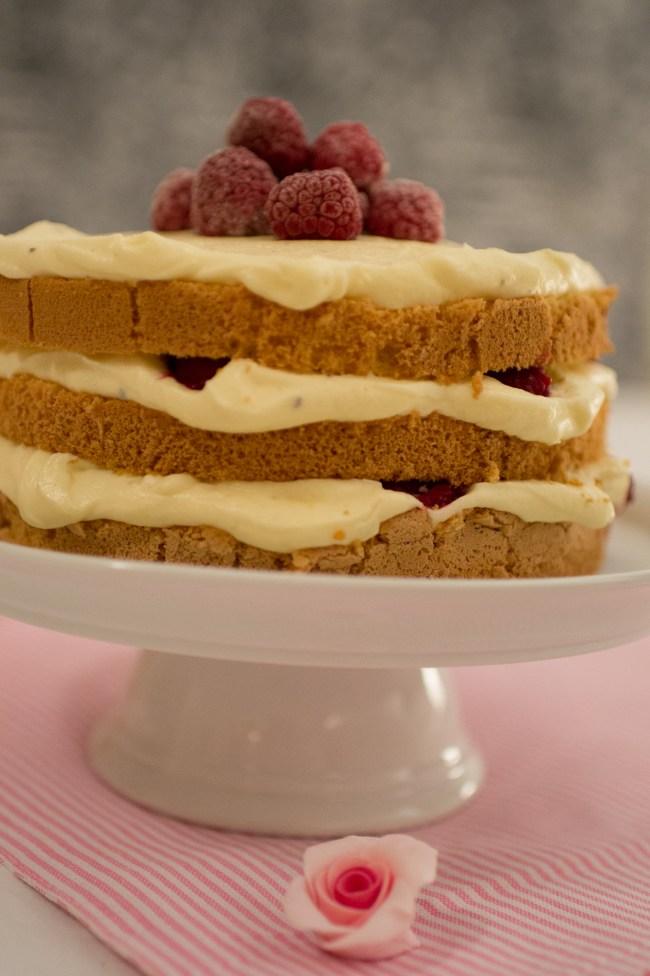 Einfache und schnelle Himbeer Torte mit Buttercreme