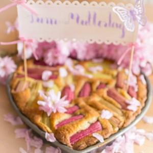Rezept Rhabarberkuchen, Rhabarberkuchen Rezept, einfaches Rhabarber Kuchen, Blechkuchen