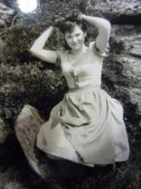 Frau Kersch Dirndl