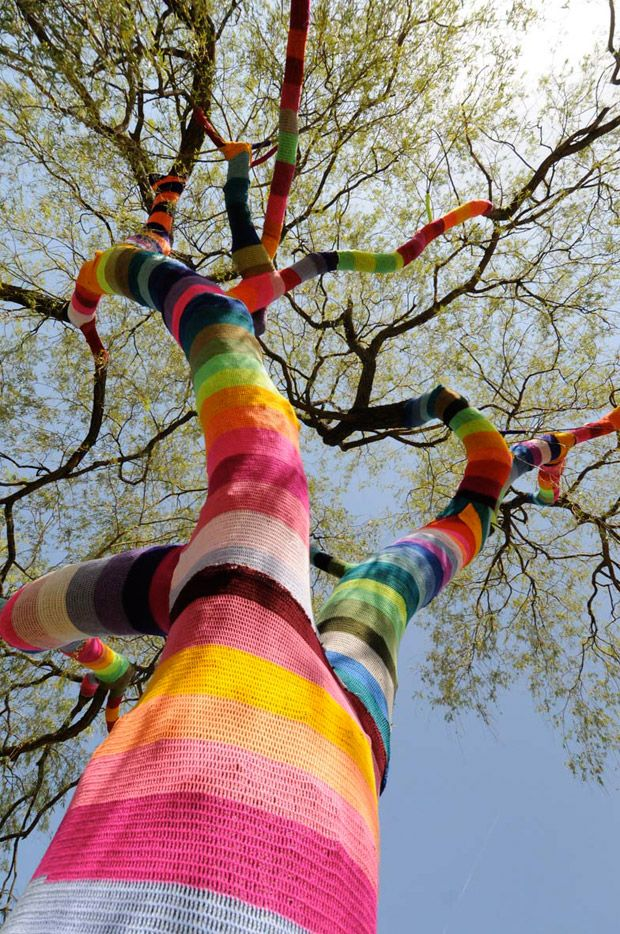 Stricken - Yarnbombing