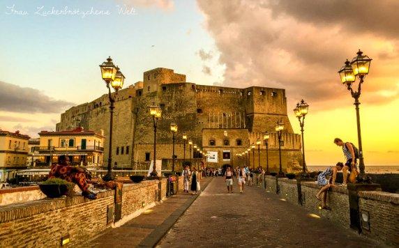 Die wunderschöne Stadt Neapel