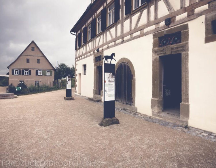 freilichtmuseum_beuren_frauzuckerbroetchen2