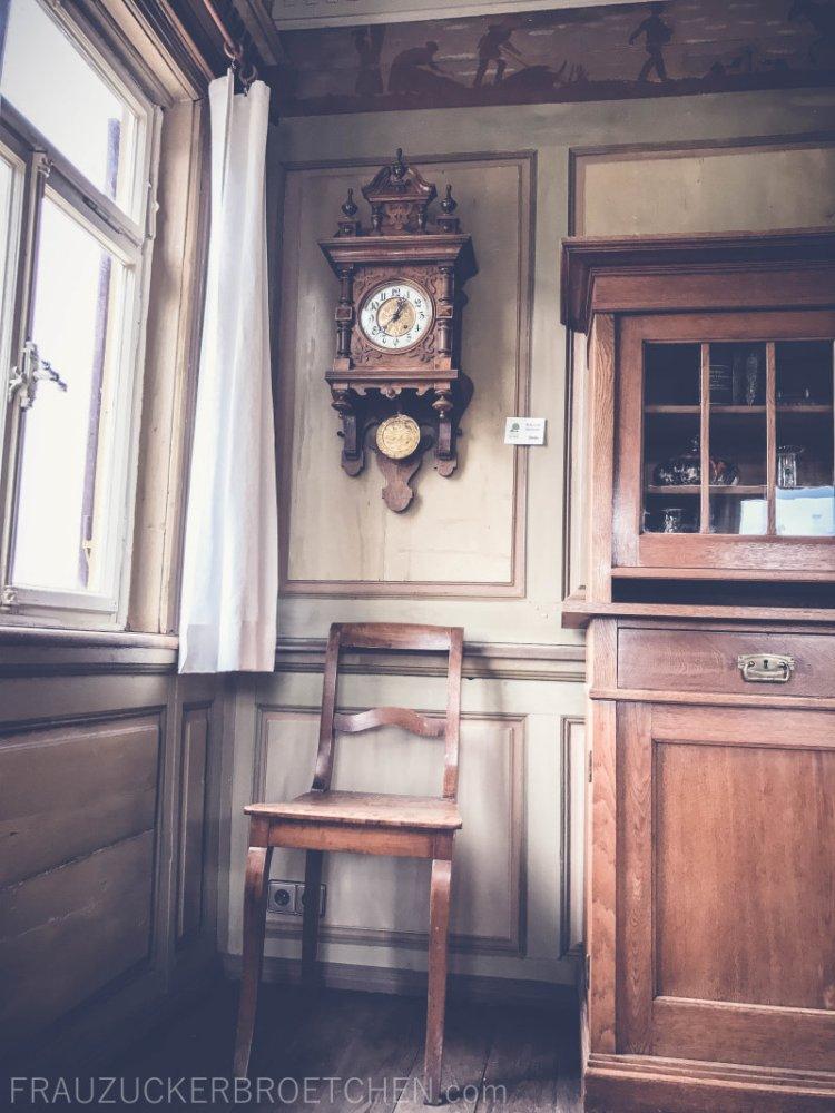 freilichtmuseum_beuren_haus_der_schultheißenfamilie_wohnzimmer2_frauzuckerbroetchen