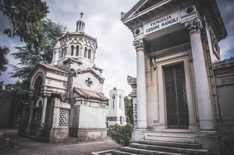 Cimitero Monomentale_Mausoleum2.jpg