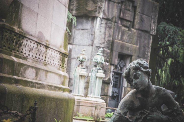 Cimitero Monomentale_Statuen5.jpg