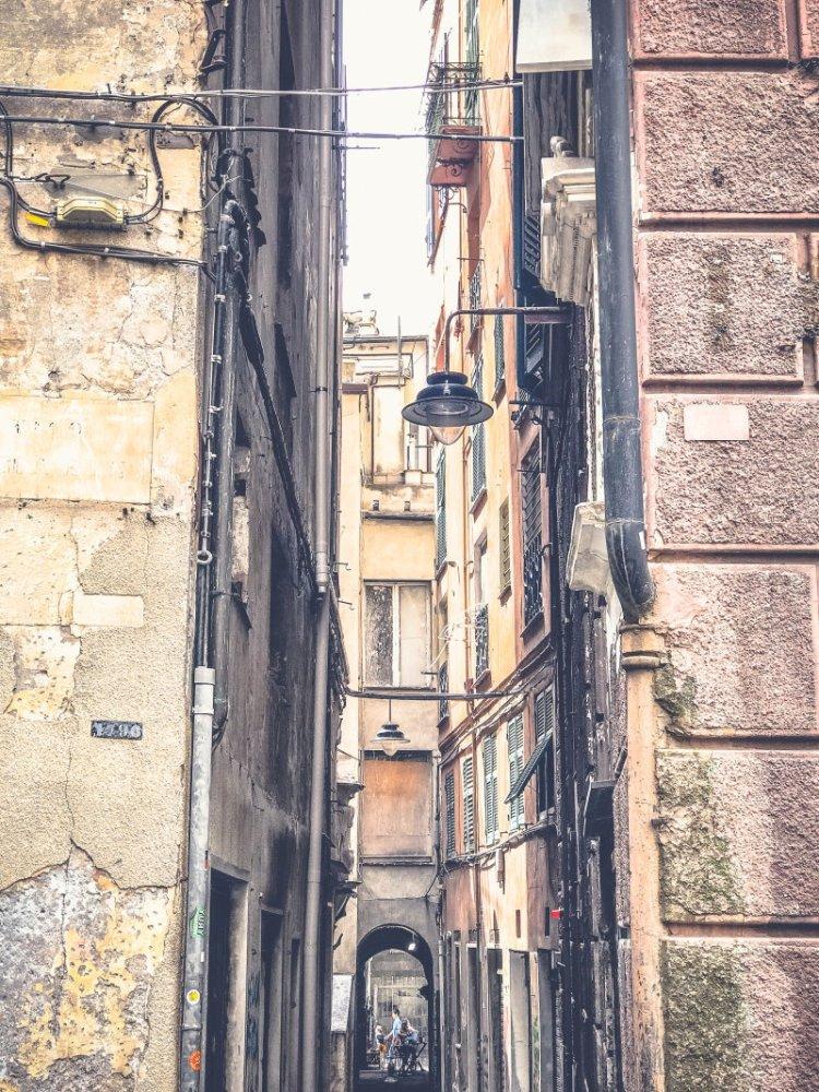 Genua Ein Spaziergang durch die Altstadt