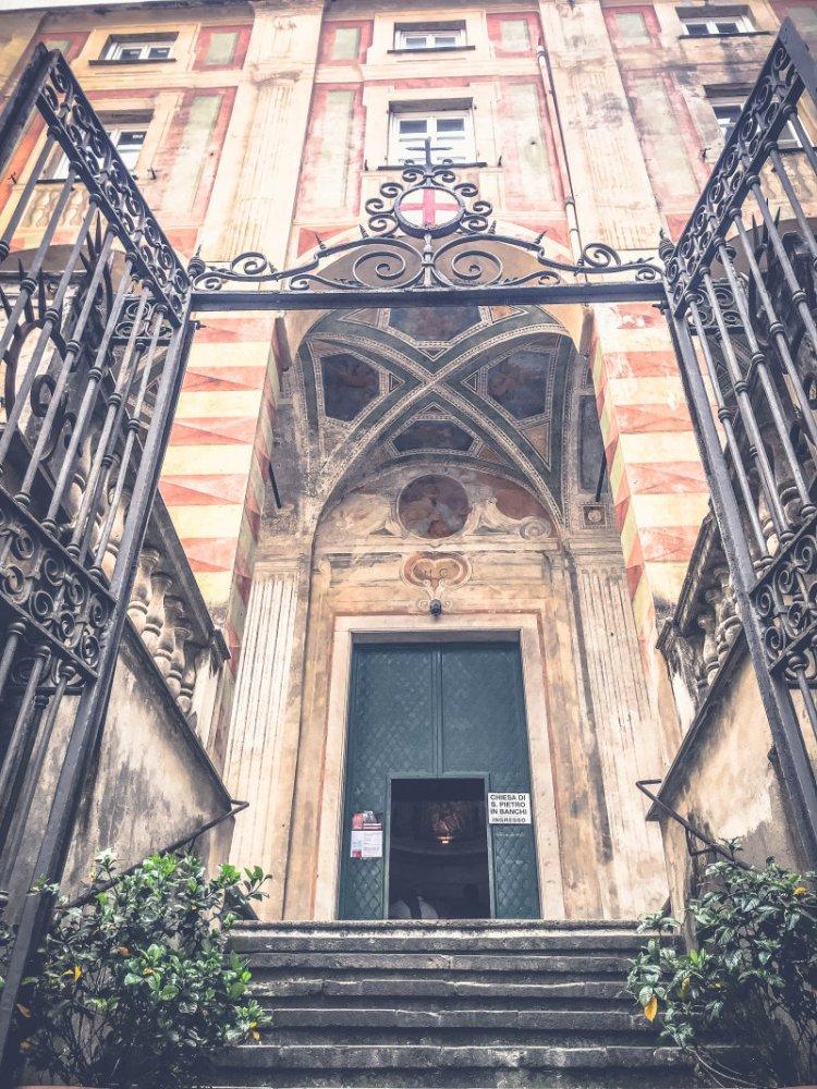 Parrocchia S. Pietro In Banchi Genua 1.jpg