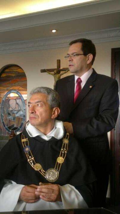 Fr. Carlos Mario Alzate, OP, nuevo rector, y Fr. Orlando Rueda Acevedo, OP, provincial.