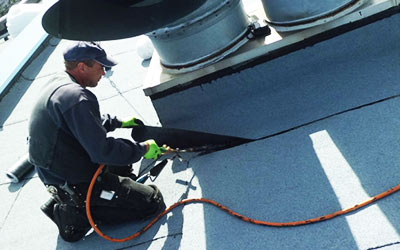 Reparaturen und Wartung durch frb Dachdecker, Bauklempnerei