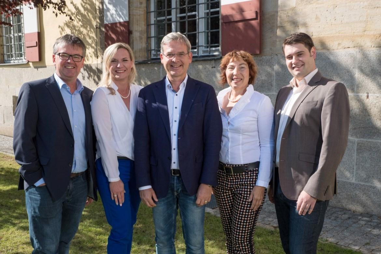 Gruppenfoto unserer Kreistagskandidaten Roland Winkler, Martina Höng, Robert Ilg, Anita Eberhard und Marco Schnellinger