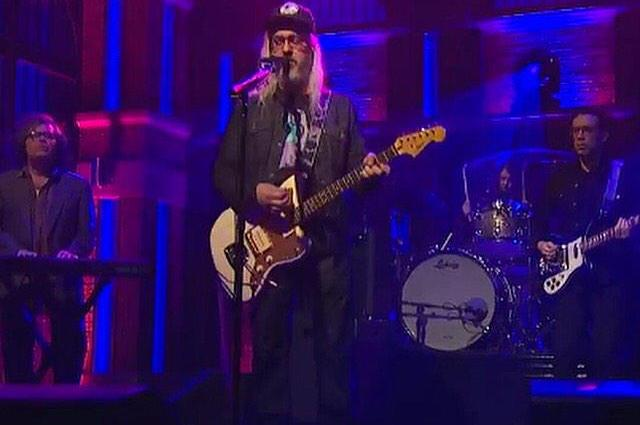 J Mascis - Late Night with Seth Feb 2015