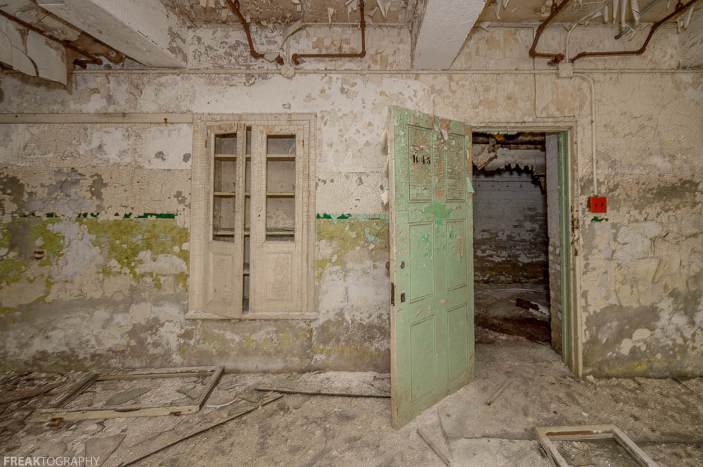 Abandoned Insane Asylum Basement