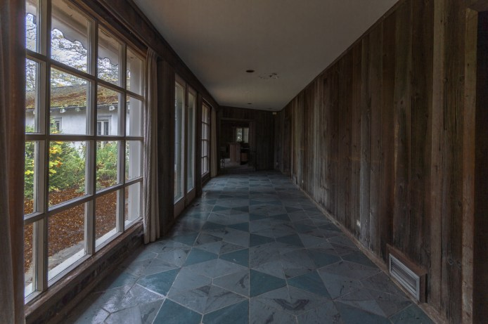 Abandoned Ontario Mansion-32.jpg