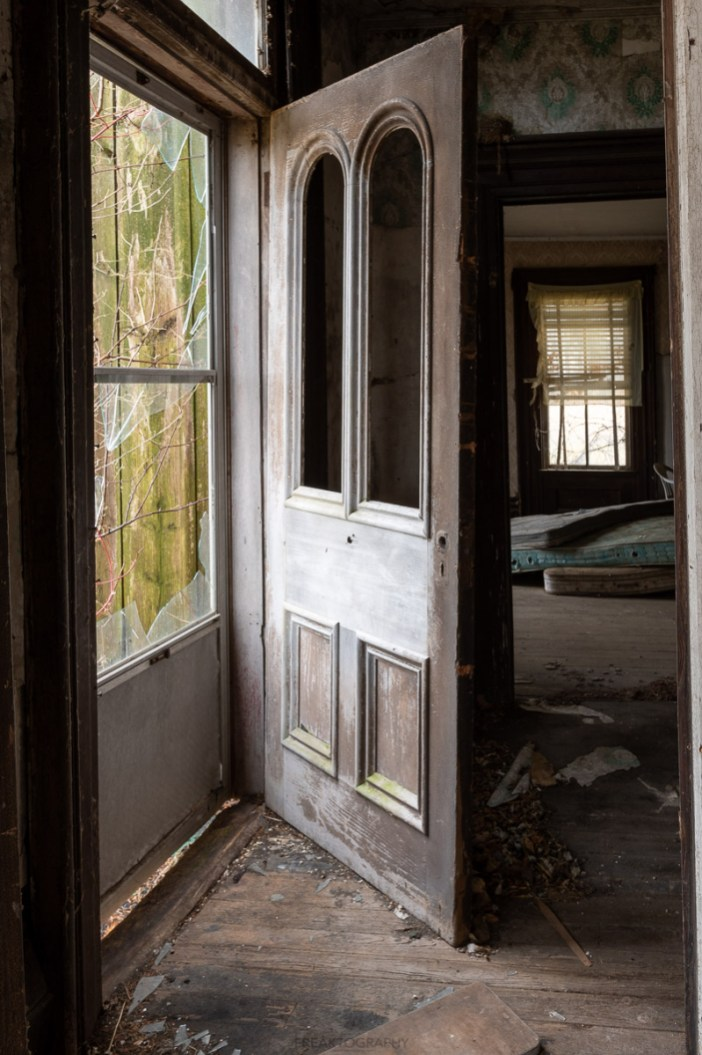 2020 abandoned house port royal ontario