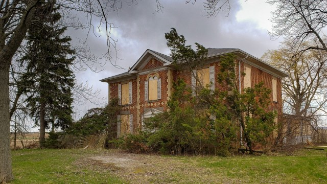 abandoned ontario heritage house 1877