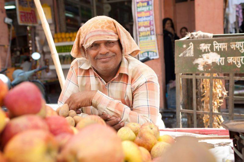 portrait commerçant en Inde