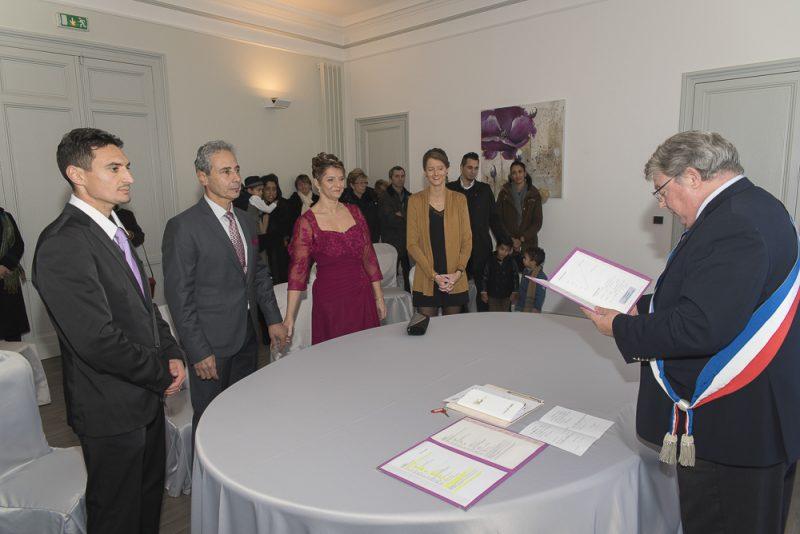 photo de mariage à la mairie