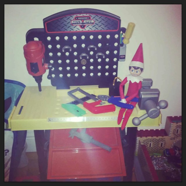 Elf Doing DIY - elf on the shelf ideas for kids