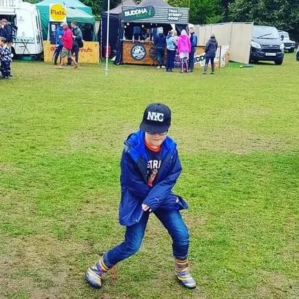 Camper Calling Music Festival - Dancing