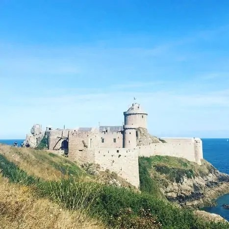 Fort La Latte, The best place to visit in Côtes-d'Armor, Brittany #castle. Brittany points of interest with kids