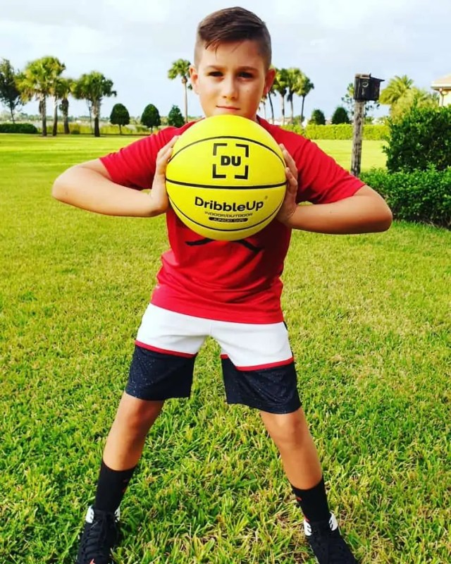 Dribbleup Basketball smart trainer