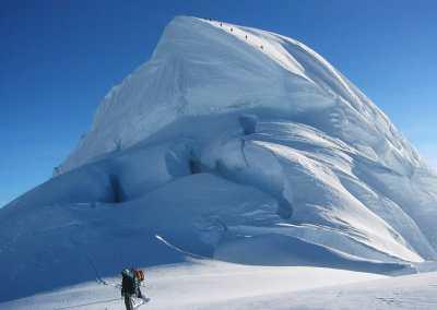 Pisco 5752m e Chopicalqui 6354m – Cordilheira Blanca