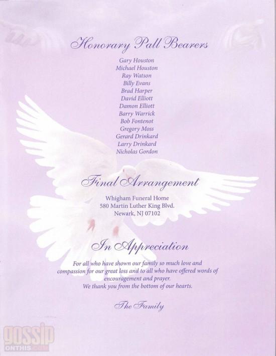 whitney-houston-obituary-program-photos3