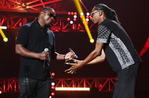 doug-e-fresh-snoop-dog-bet-hip-hop-awards-2014-billboard-650