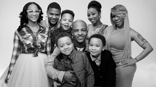 ti-tiny-family-hustle-family-picture (1)