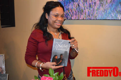 toya-wright-atlanta-how-to-lose-a-husband-book-signing-freddyo-204