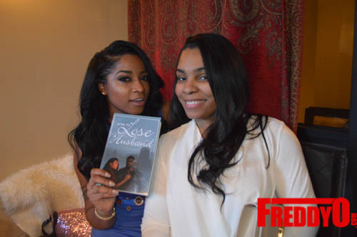 toya-wright-atlanta-how-to-lose-a-husband-book-signing-freddyo-237
