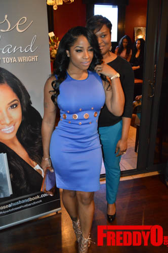 toya-wright-atlanta-how-to-lose-a-husband-book-signing-freddyo-54