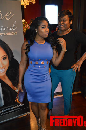 toya-wright-atlanta-how-to-lose-a-husband-book-signing-freddyo-55