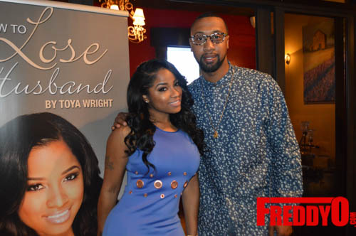 toya-wright-atlanta-how-to-lose-a-husband-book-signing-freddyo-75