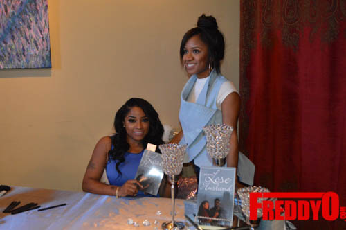 toya-wright-atlanta-how-to-lose-a-husband-book-signing-freddyo-81
