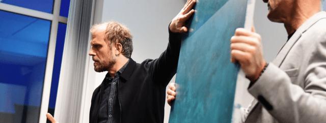 Tirsdag den 30. oktober var de kommende beboere i Langebro inviteret til møde med kunstner Peter Holst Henckel. Kunstneren fortalte om sine ideer bag udsmykningen af beboernes opgange, som er inspireret af vandplanter. Der er indflytning i Langebro i starten af 2019.