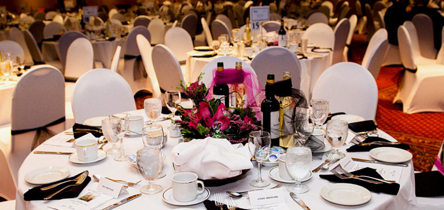 chair cover rentals fredericton best office for back pain weddings at the inn banquet table decoration