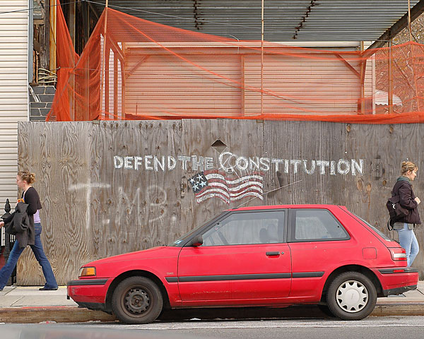 Defend the Constitution, November, 2004, photo by Fred Hatt