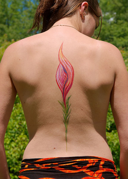Flora, 2009, bodypaint and photo by Fred Hatt