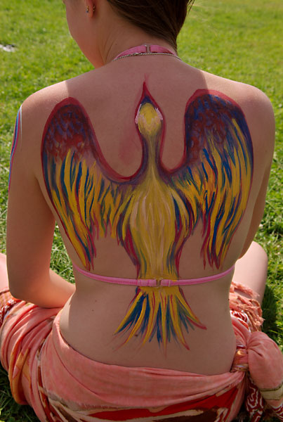 Upward, 2009, bodypaint and photo by Fred Hatt