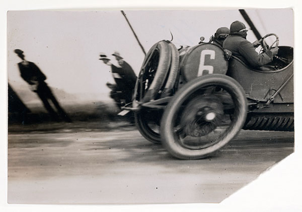 Grand Prix of the Automobile Club of France, 1911, photo by Jacques Henri Lartigue