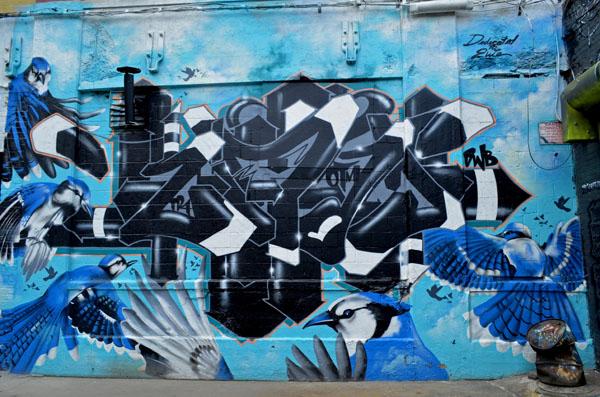 Mural by unidentified artist, 5 Pointz, photo by Fred Hatt