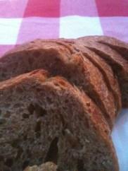 Simples e tão delicioso! pão com levã de cerveja