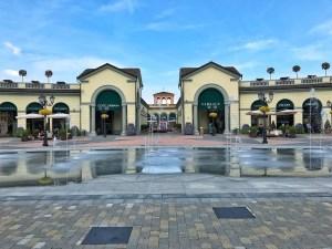 Les magasins de luxe du Outlet Serravalle