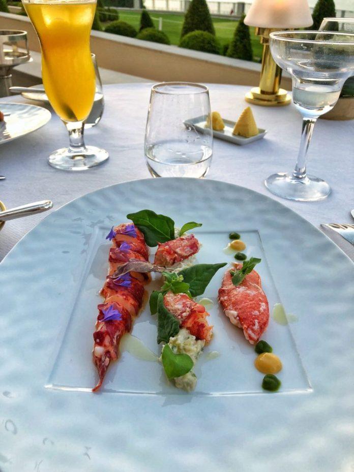 Restaurant Les Fresques - Entrée homard bleu