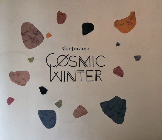 Cosmic Winter Conforama Suisse - Entrée du Showroom Parisien